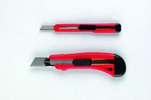 Universal-Cuttermesser 9 mm mit Metallführung